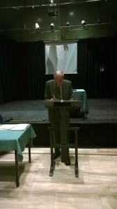 F. Akkerman tijdens de lezing op 18 maart 2014